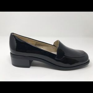 Shoes - $59 new bandolino women's slip on shoe 6 Black